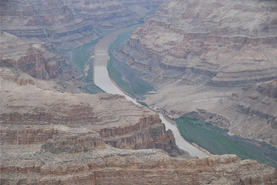 The river flows through the Grand Canyon for 446 kilometres of its 2330 kilometre overall length.