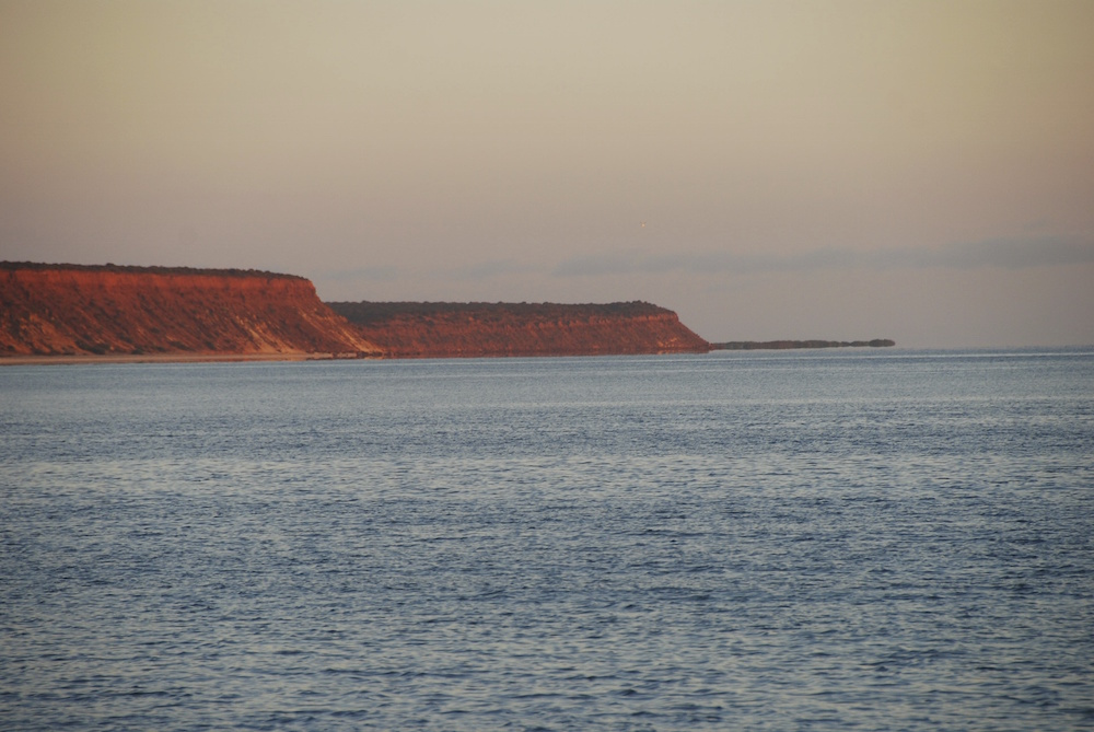 Red Cliffs Bay