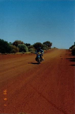 On the road to Finke.