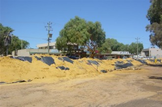 Temporary earthen levee bank in Kalbarri.