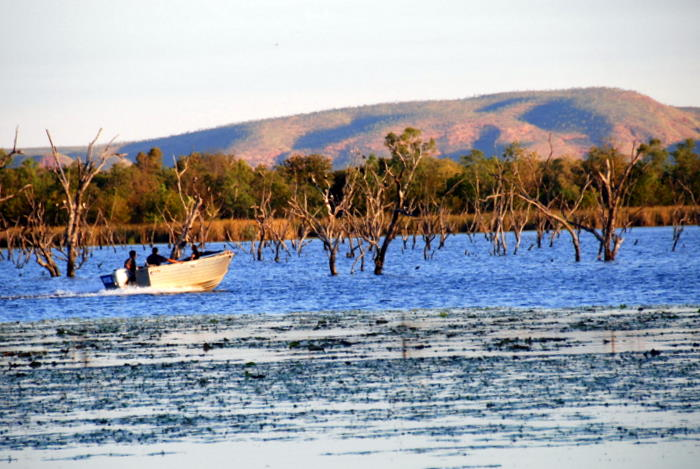 Heading out to Lake Kununurra.