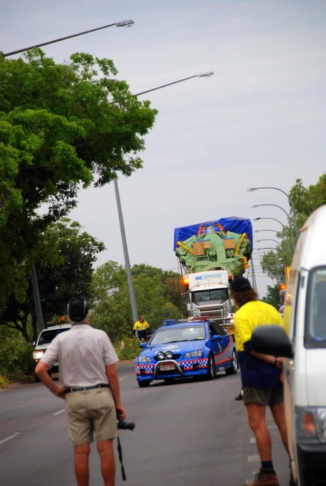 Oversize load in Katherine.