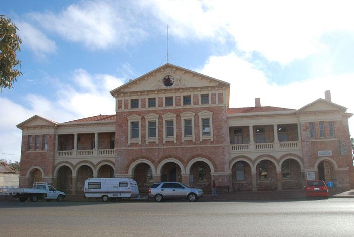 Coolgardie Town Hall