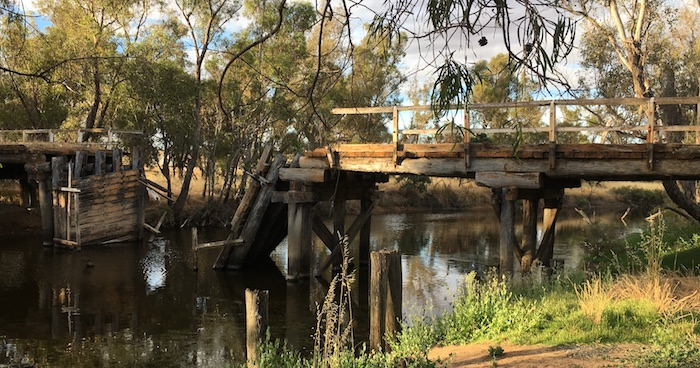 Derelict bridge at Pumphreys Bridge camp area.