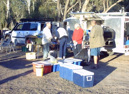 Early morning chat at Wentworth caravan park.