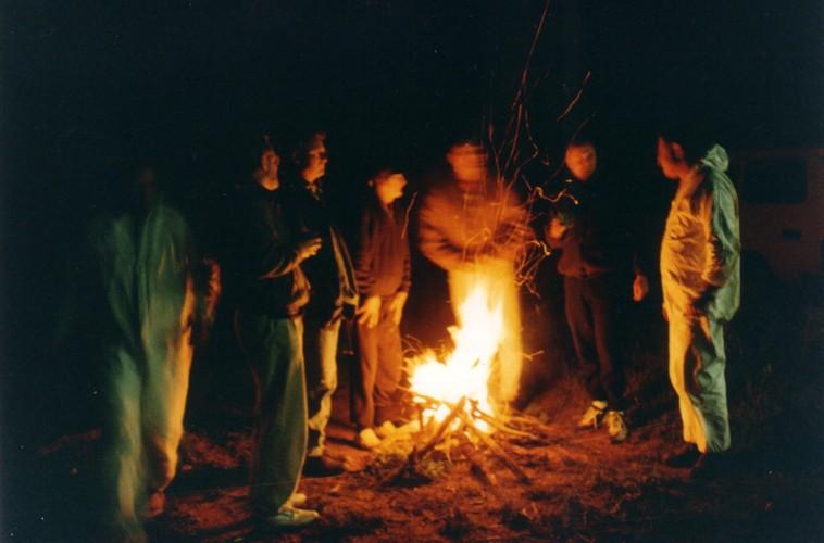 David lit a fire