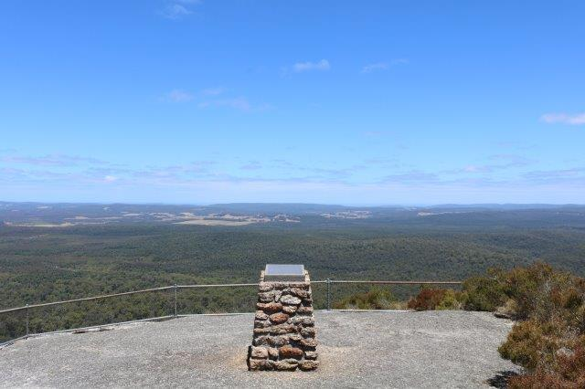 Cairn at the summit of Mount Frankland.