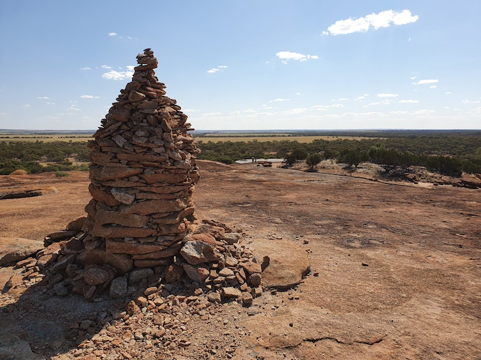 Cairn at the top of Beringbooding Rock.