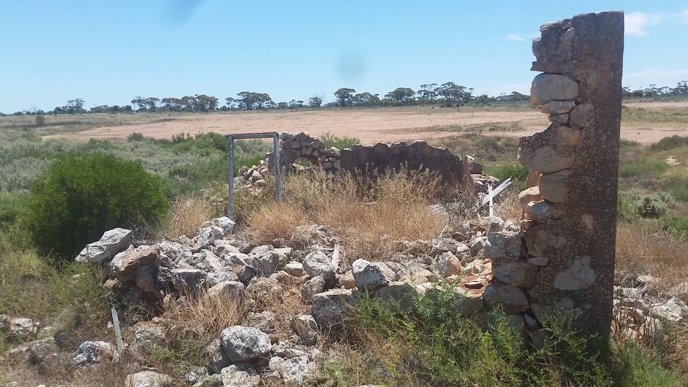Ruins at Jeradilla Tank.